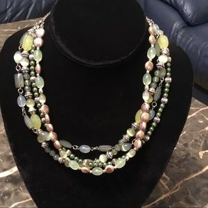 Vintage hand crafted beautiful necklace 16""